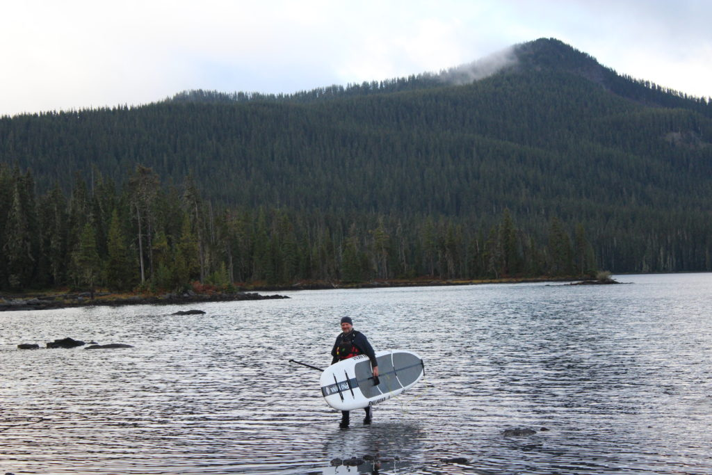 a-pau-hana-big-ez-ricochet-at-waldo-lake-oregon-jeff-catlin-paddle-people