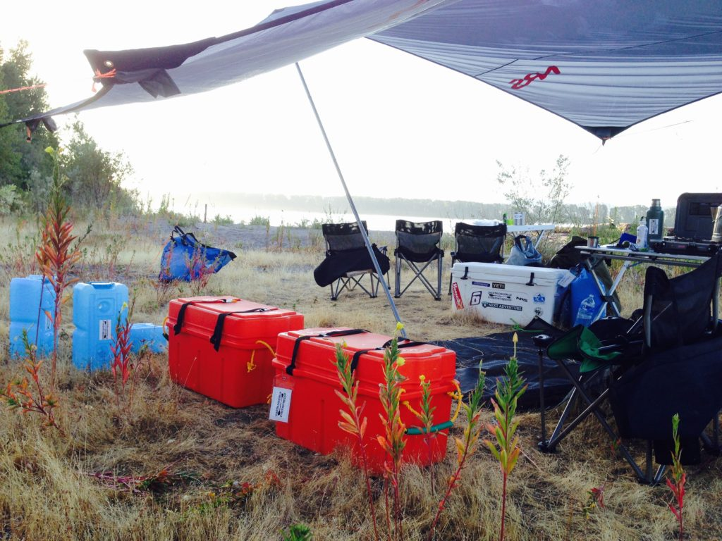 paddle-people-columbia-river-camp-2015-nrs-boxes-river-wing-waterbricks
