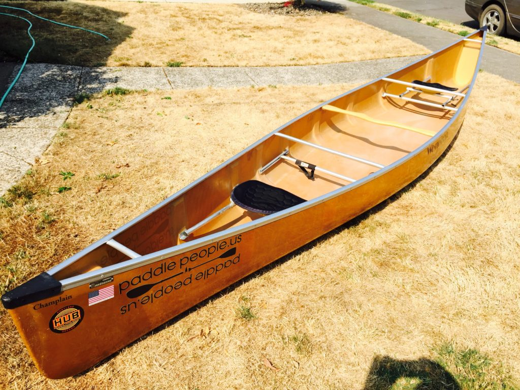 wenonah-champlain-canoe-on-lawn-top-shot-from-stern-on-lawn-paddle-people-portland-oregon