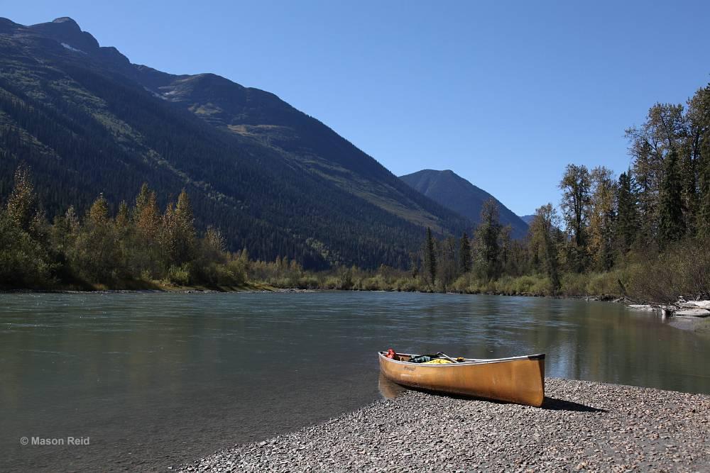 Wenonah Encounter Kevlar Canoe - www.PaddlePeople.us - Photo by Mason Reid