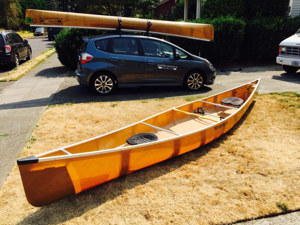 wenonah-encounter-on-honda-fit-and-champlain-on-lawn-paddle-people-portland-oregon