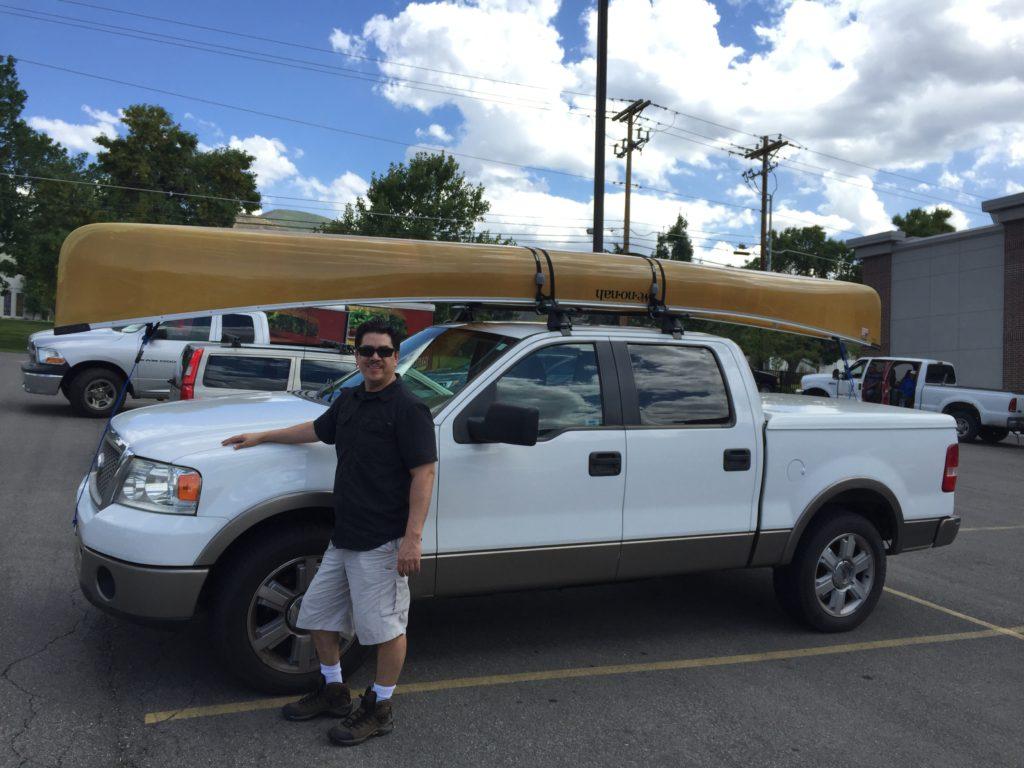 wenonah-seneca-canoe-on-pickup-truck