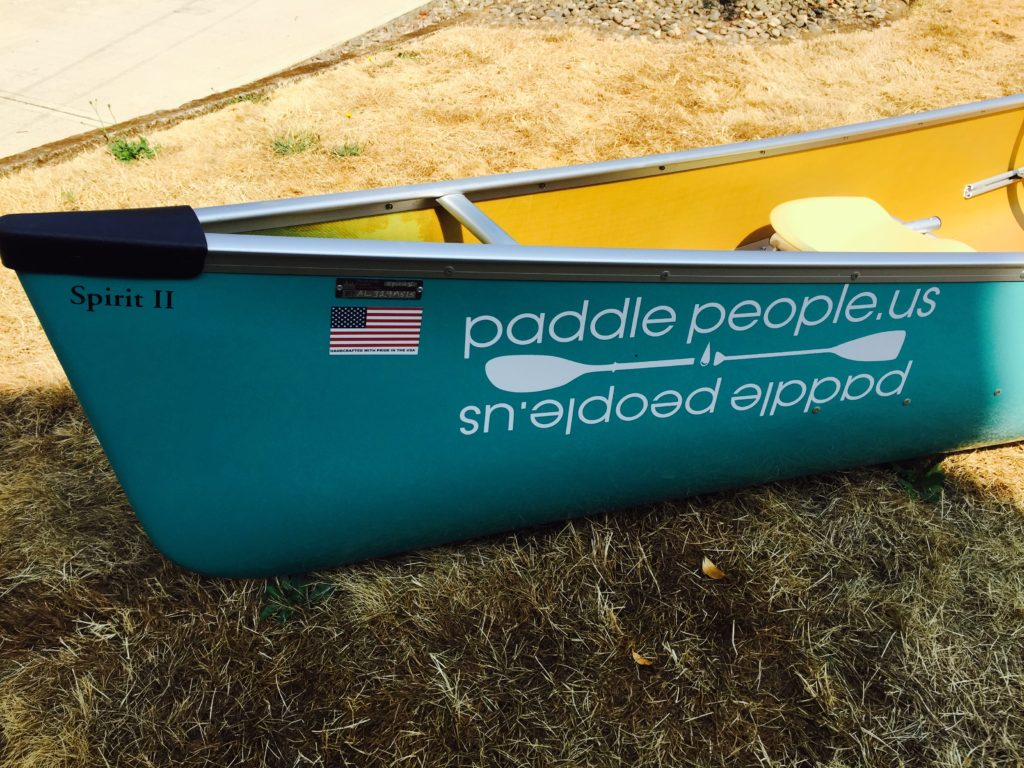 wenonah-spirit-2-aqua-blue-stern-shot-on-lawn-paddle-people-portland-oregon