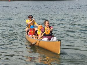 Wenonah Seneca Aramid Canoe is an excellent family canoe